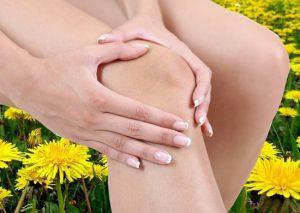Почему возникает боль в локтевом суставе и ее лечение народными средствами