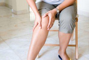 Суставы на ногах: лечение народными и медицинскими средствами