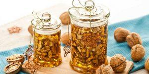 Проверенное средство: орехи с медом для потенции